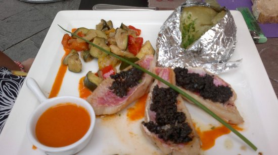 La Forge : rouget filets with tapenade
