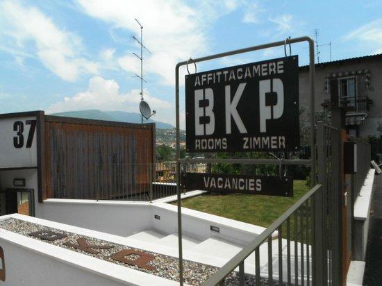 Bikapi - Rooms