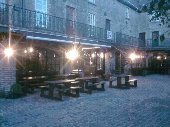 Бэллина, Ирландия: Bar & Restaurant