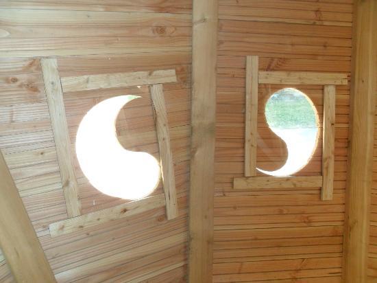 Camping Sandaya International de Maisons-Laffitte : Inside the treehouse.