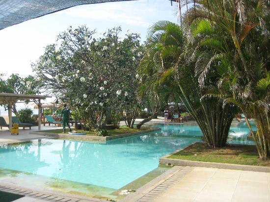 Peninsula Beach Resort Tanjung Benoa: Large pool area
