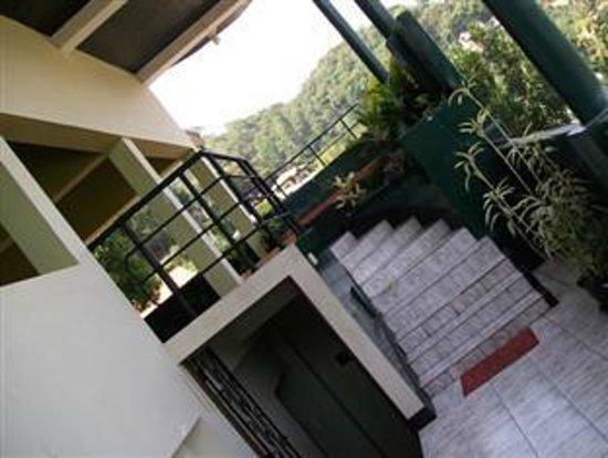 Hotel Kandy Paris: Stairway