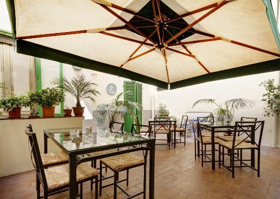 Hotel Dante: giardino