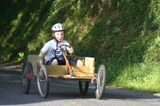 Fermanagh Self Catering: Soap box racing close by