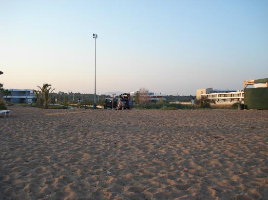 Buca Beach Resort: v