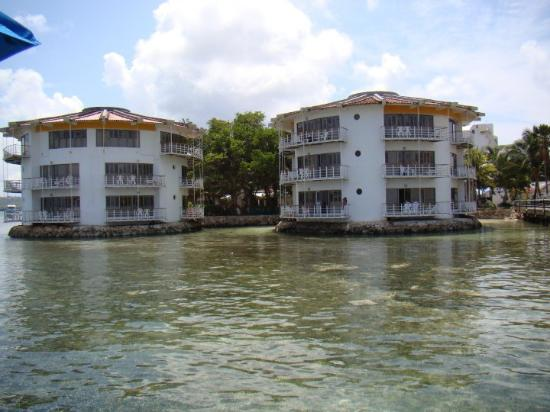 Decameron Aquarium: Torres