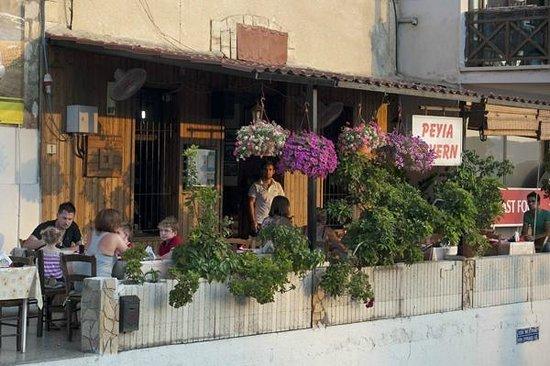 Peyia Tavern