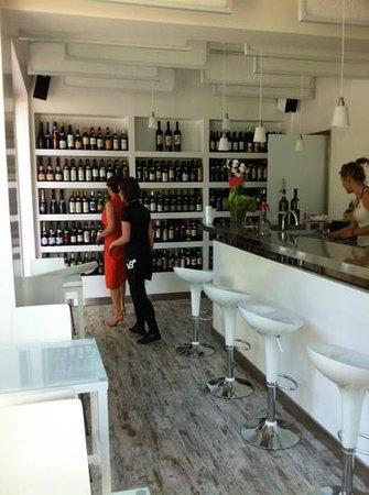 Le Oche Giulive Wine Bar Bistro