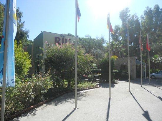 Hotel Riu Kaya Belek: Hotel entrance