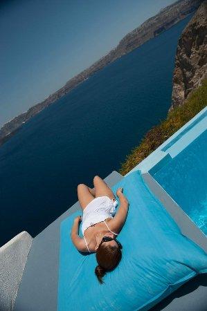 Astarte Suites Santorini relaxation