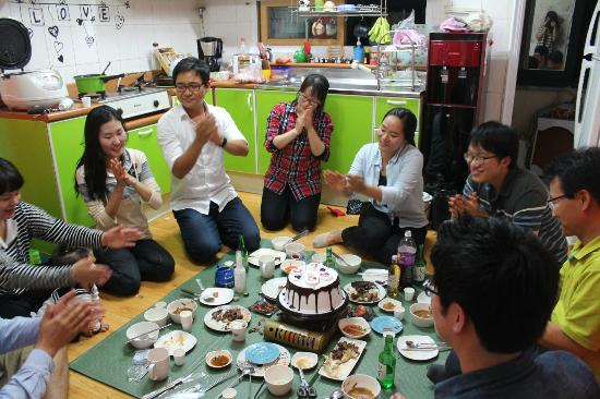 SoDam Guesthouse: dinner time