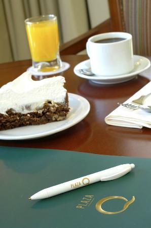 Austral Plaza Hotel: Desayuno