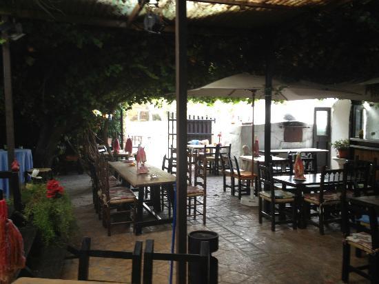 La Finca Can Suldat: Outside sitting area