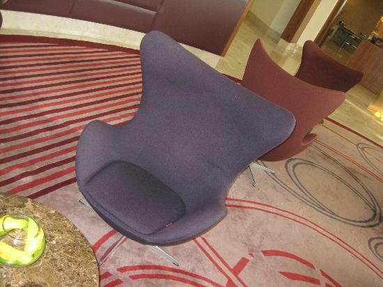 Radisson Blu Hotel, Abu Dhabi Yas Island: Lobby chair