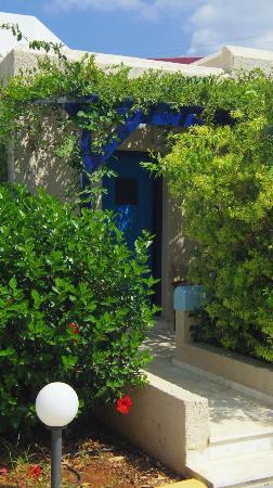 Kosta Mare Palace Hotel: Vue extérieure de la chambre 