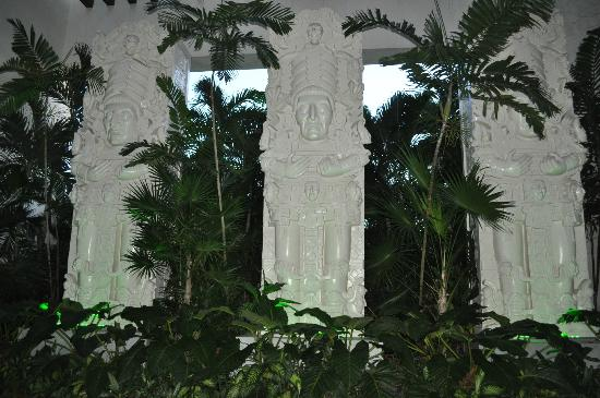 Mayan Palace Acapulco: Your First View