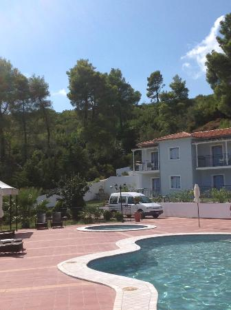 Marialena Village Apartments: Beatiful surroundings at apartments