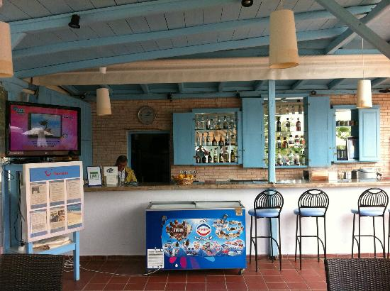 Marialena Village Apartments: Bar at apartments
