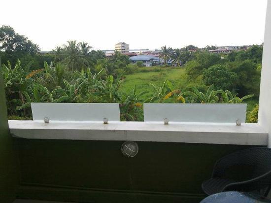 Hotel Kensington: Balcony view