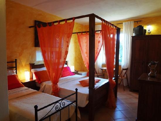 Villa Agnese : camera familiare
