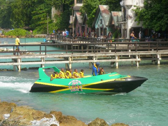 WildFun Jets and Tours: Awesome Jet Boat coming back to Dolphin Cove after tour!!!