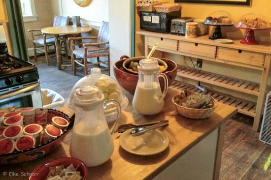El Pueblo Lodge: Frühstück