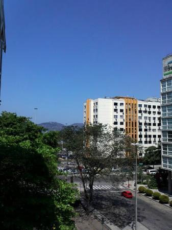 Ibis Rio de Janeiro Santos Dumont: Vista do quarto 485