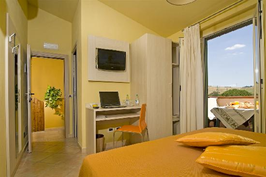 Albergo Africa: Room with balcony