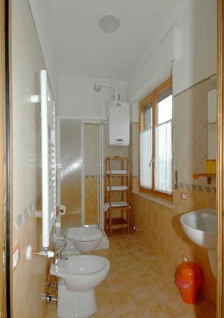 """B&B Casa Certosa: Bagno camera """"Verde"""""""