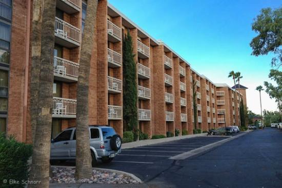 Radisson Suites Tucson: Außenansicht