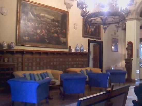 Grand Hotel Villa Balbi: all'entrata