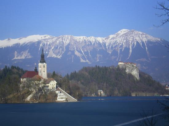 Ramada Resort Kranjska Gora: lake bled