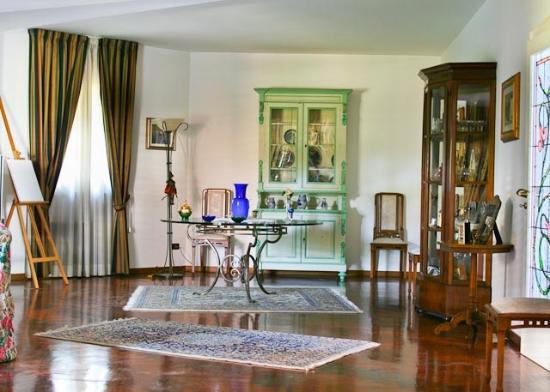 Villa Victoria: sala pranzo