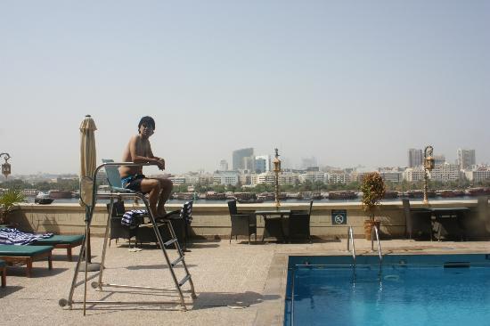 The Carlton Tower Hotel: piscina y socorrista 