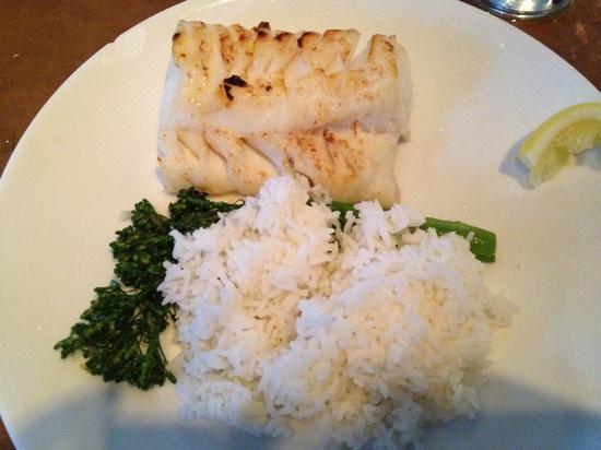 Mac's Shack: Chatham cod, jasmine rice & broccolini