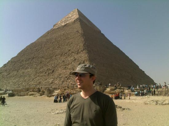 Cairo Private Tours by Khaled : Drew at the 'mids.