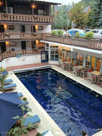 Mountain Chalet Aspen: Pool