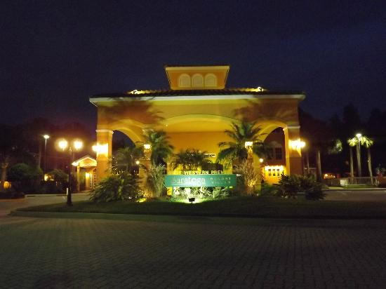 Welcome to the Best Western Premier Saratoga Resort Villas