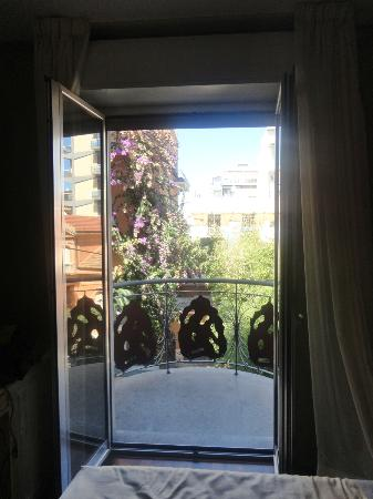 Victoria Hotel: View from room toward balcony