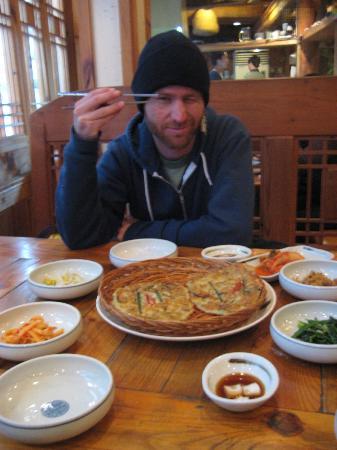 Insadong : Great food.