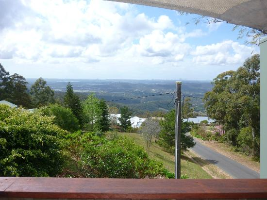 Tamborine Mountain Bed & Breakfast: view from dining area