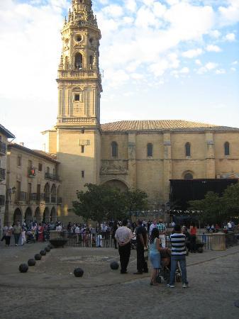 Casa Rural El Meson: Briones centre