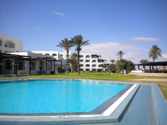 Kuriat Palace: piscina