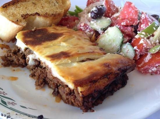 Gainsborough Restaurant : Moussaka with Greek salad