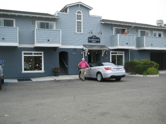 Anderson Inn: Parked at the Inn with the Bay and Galley Restaurant to the right as you view the scene.