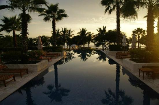 The St. Regis Punta Mita Resort: Adult Infinity Pool