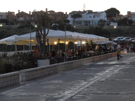 Pizzeria Blanca Paloma: Vistas desde Paseo Marítimo, Pto.Sherry, justo antes de la puesta del sol