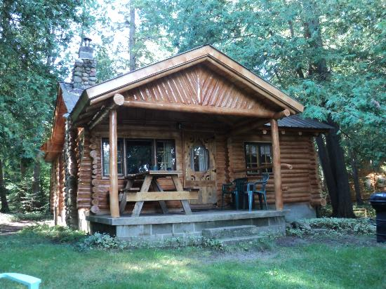 MALONE'S STURGEON RIVER CABINS - Campground Reviews