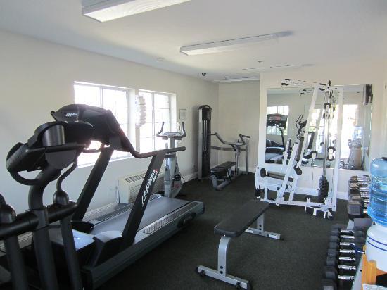 Ramada Oceanside : Fitness Center