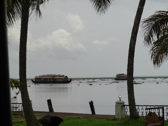 Cocobay Resort: backwaters